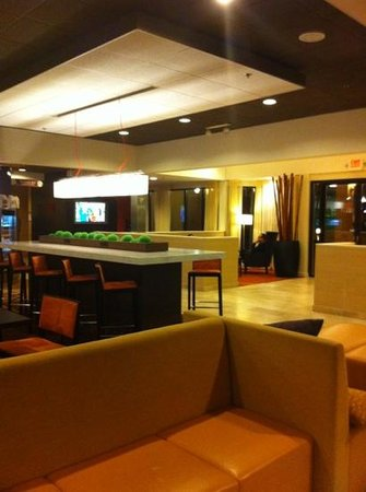 Courtyard by Marriott Chicago O'Hare: Nice!