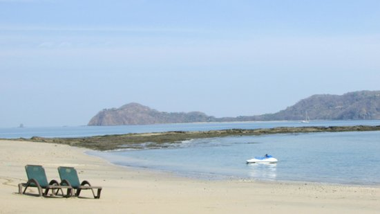 Occidental Papagayo - Adults only: Amazing views from the beach of the bay of Papagayo