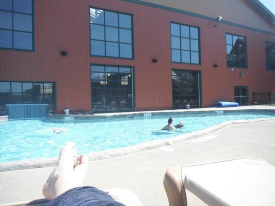 Cascades Indoor Waterpark: outdoor pool