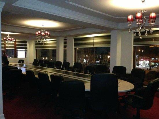 Hotel Theranda: Koferenca
