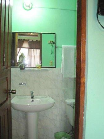 Hostal Villa Esperanza : bathroom