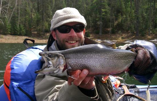 Cedar Motor Inn: Great fishing