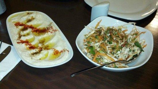 Anteb: Hummus and cabbage salad