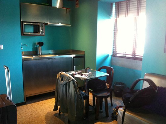 Lisbon Short Stay Apartments Baixa: Dining area
