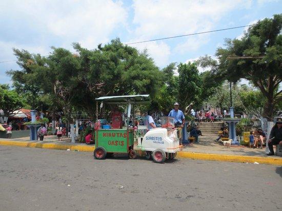 Juayua, El Salvador: Parque Central
