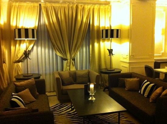 Hotel de Monaco : salon d'accueil