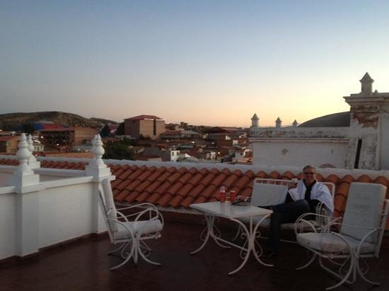 El Hotel de Su Merced: enjoying sunset