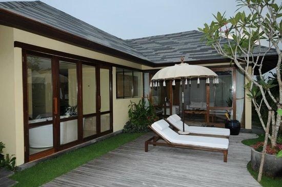 Komaneka at Rasa Sayang: Rooftop Villa Private Area