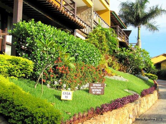 La Boheme Hotel e Apart Hotel: jardines y habitaciones