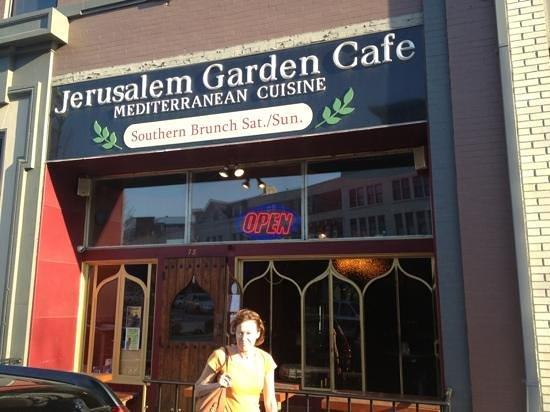 Jerusalem Garden Cafe : Get the lamb!