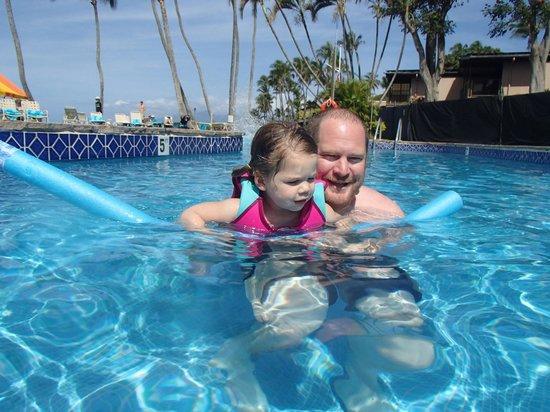 Napili Kai Beach Resort: the main pool