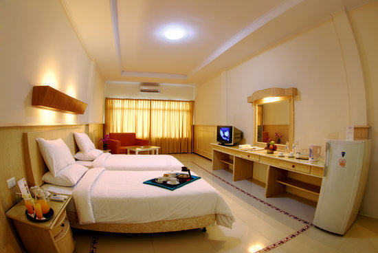 Duta Hotel: Business Room