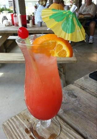 Castaways Seafood and Grill : Fruity Drink....Yummy!!!