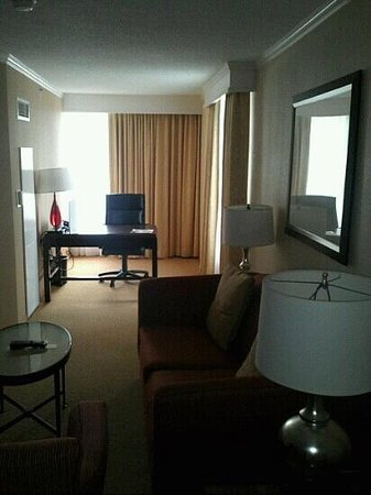 Chicago Marriott Suites O'Hare : Office Side