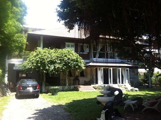 Banyan House Bed & Breakfast: photo de face de la guest house