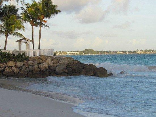 Bougainvillea Beach Resort : One End of the Beach