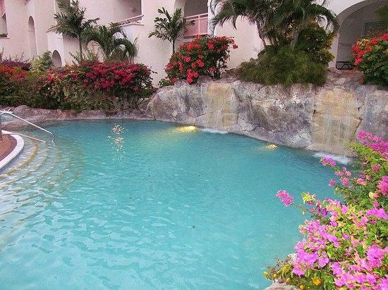 Bougainvillea Barbados: Pool with Waterfalls