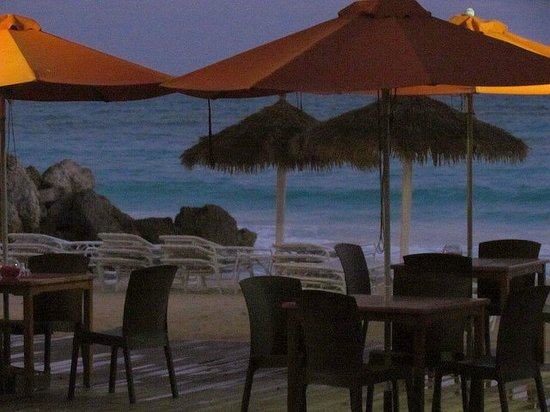 Bougainvillea Barbados: Lanterns Restaurant on the Beach