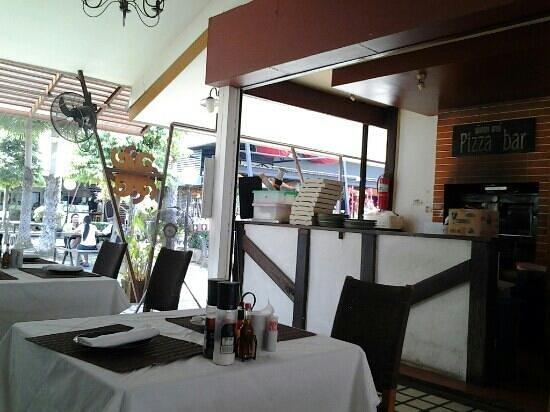 Girasole by La Gondola: good pizza!,,,,