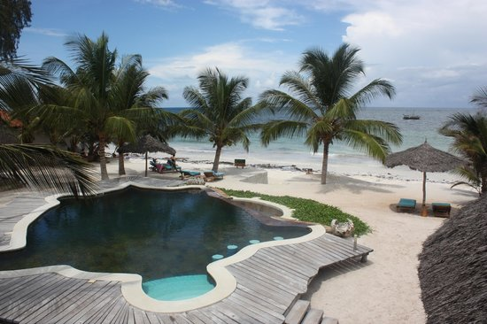 Waterlovers Beach Resort: View of the pool