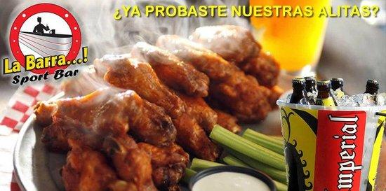 La Barra Sport Bar : ALITAS!!!! MMMM