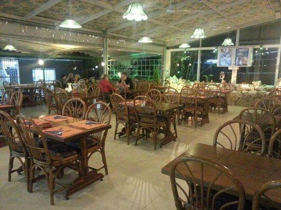 Romeos Restaurant: Restaurant Lounge