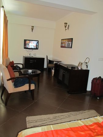 Meraden La Oasis: The room