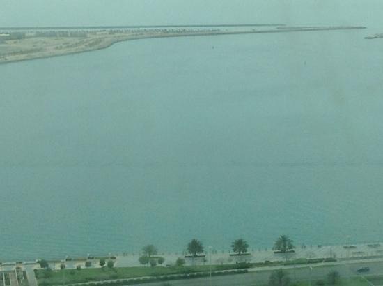 Sofitel Abu Dhabi Corniche: View of the corniche from the room