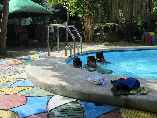 Qubo Qabana Resort & Hotel: pool