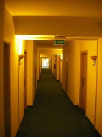 Club Marmara Kimeros Hotel: couloir