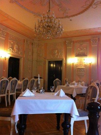 Zamek Kliczkow Centrum Konferencyjno-Wypoczynkowe: loved the dinning room