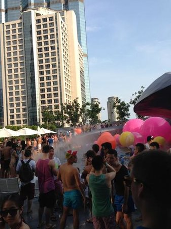 W Bangkok: The pool party