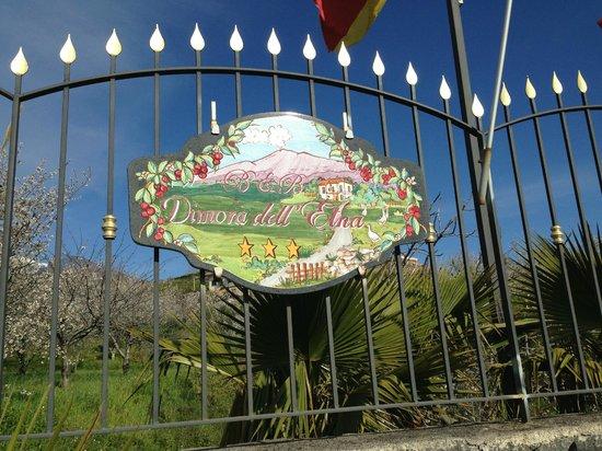 B&B Dimora dell'Etna: L'enseigne