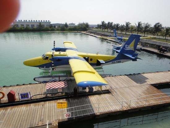 Kuramathi Island Resort: our seaplane transfer