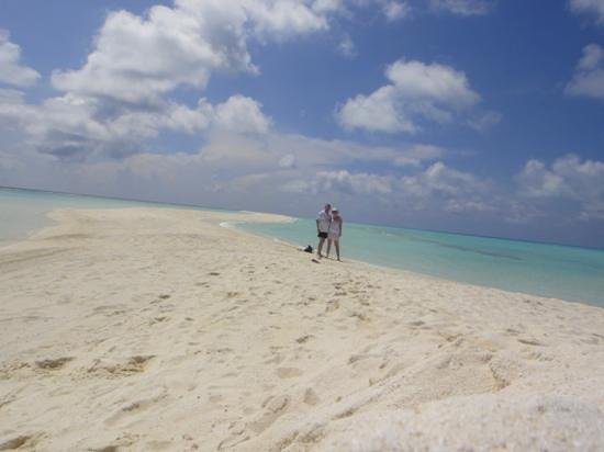 Kuramathi Island Resort: stunning sandbank