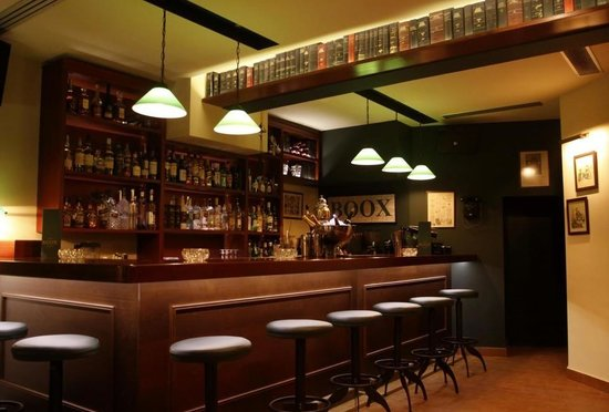 BOOX cafe bar