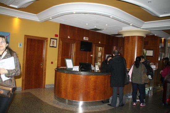 Hotel Horus: Hotel Lobby