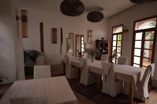 Riad tm nights: Lovely dining room