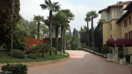 Grand Hotel Fasano: Driveway of Hotel