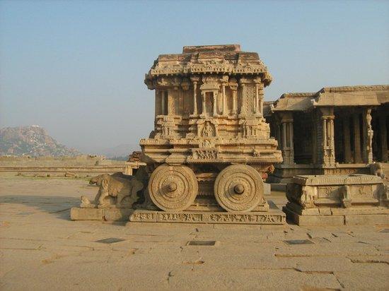 Vithala Temple Complex: Колесница богов