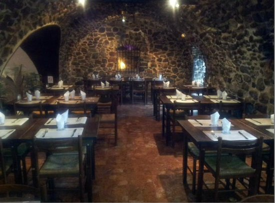 la petite cave creperie bretonne menton restaurant avis num ro de t l phone photos. Black Bedroom Furniture Sets. Home Design Ideas