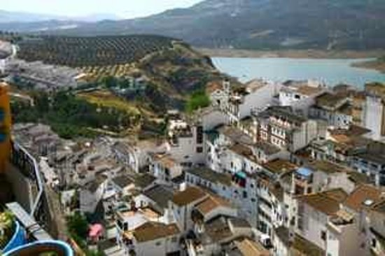 Casa Rural El Olivar: Daken van Iznajar dorp