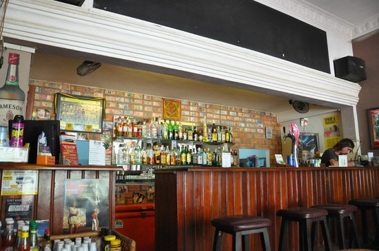 Rosy Guest House: Bar+reception