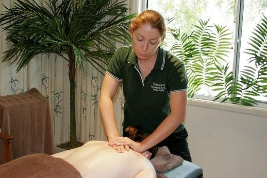 Indooroopilly, Αυστραλία: Our massage therapists are trained in a variety of modalities - let us know what you need