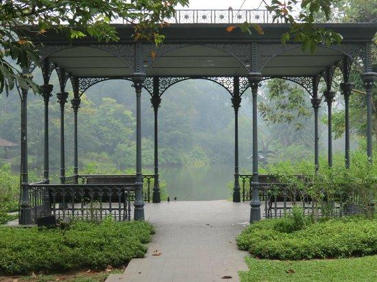 A very well maintained pavilion photo de jardin for Au jardin les amis singapore botanic gardens