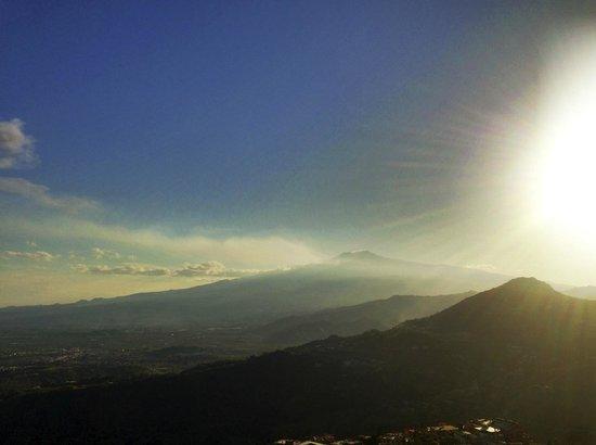 Sweet Home: Blick auf Etna