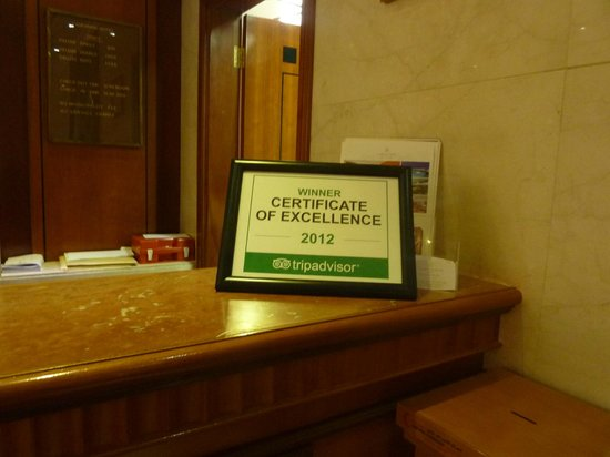 Landmark Hotel: Certificate on the reception desk