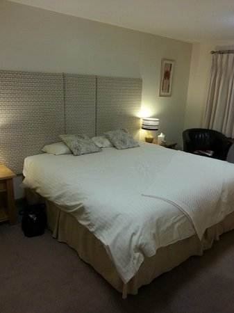 Kilnhall Guest House: Large comfy bed