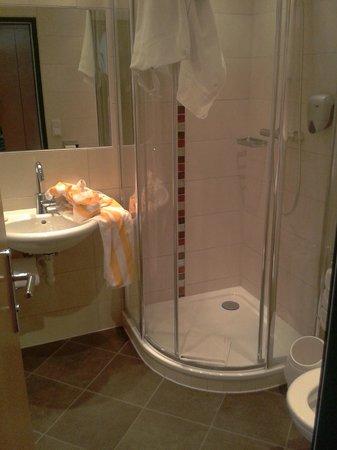 Sport & Familienhotel Baerenwirt: Bathroom