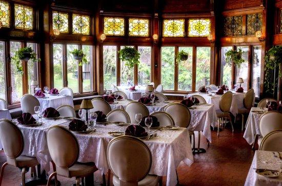Belhurst Castle: Dining Room
